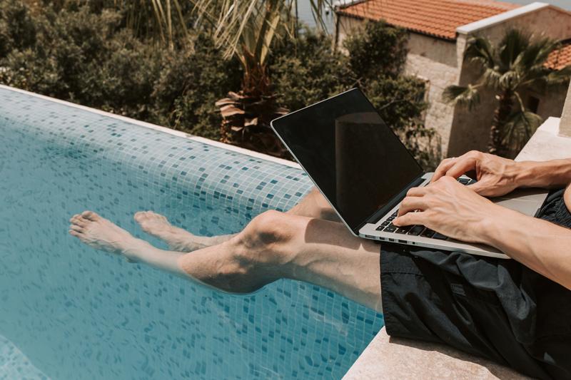 arbejde-selvstaendig-sommer